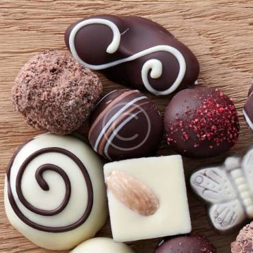Tips for Chocolate Candy Decor